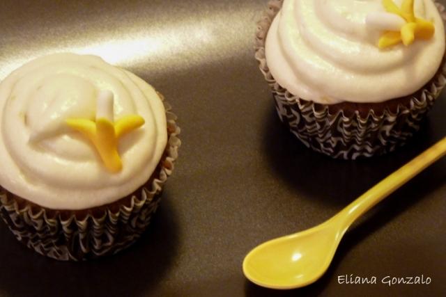 Cupcakes Canarios de chocolate y pletano