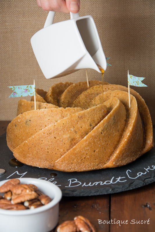 Bundt Cake de Sirope de Maple y Nueces Pecanas